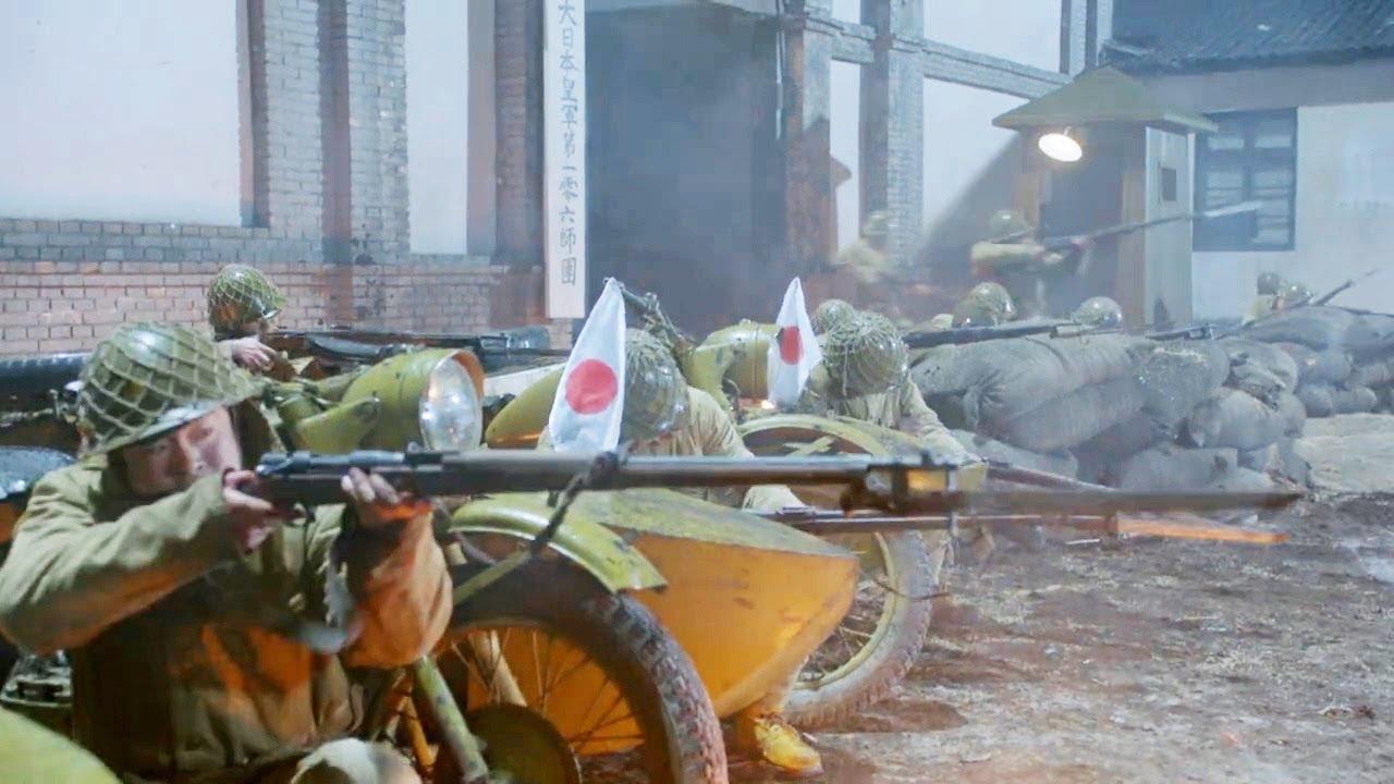 國軍抓捕漢奸被槍聲暴露,日軍緊急出兵圍剿,卻被對方3個人死死拖住!