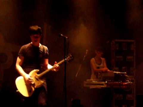 Alec Empire - If You Live Or Die (Islington Academy 19-11-09).mov