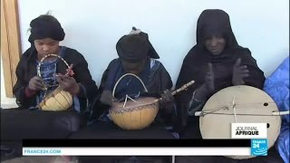 L'imzad, le violon joué seulement par les femmes touareg