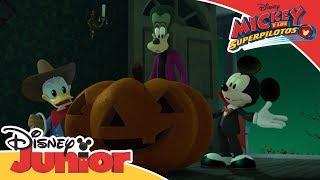 Mickey y los Superpilotos: HALLOWEEN Momentos Mágicos - La fiesta fantasma de Pete | Disney Junior