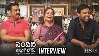 Download lagu Vijaya Nirmala, Naresh & Naveen Interview About Nandini Nursing Home Movie | TFPC