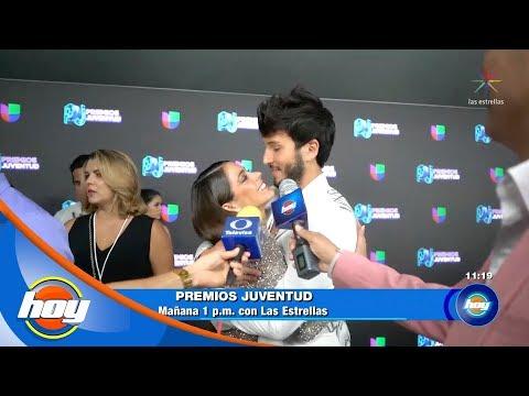 Sebastián Yatra confirma que su primer beso fue con su novia actual  Código Segura  Hoy