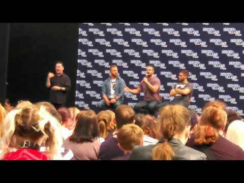 Arrow Stephen Amell's panel HVFF 28.05.17 Robbie Amell, Emily Bett Rickards & Josh Segara