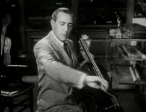 Gregor Piatigorsky plays Bach Bourees