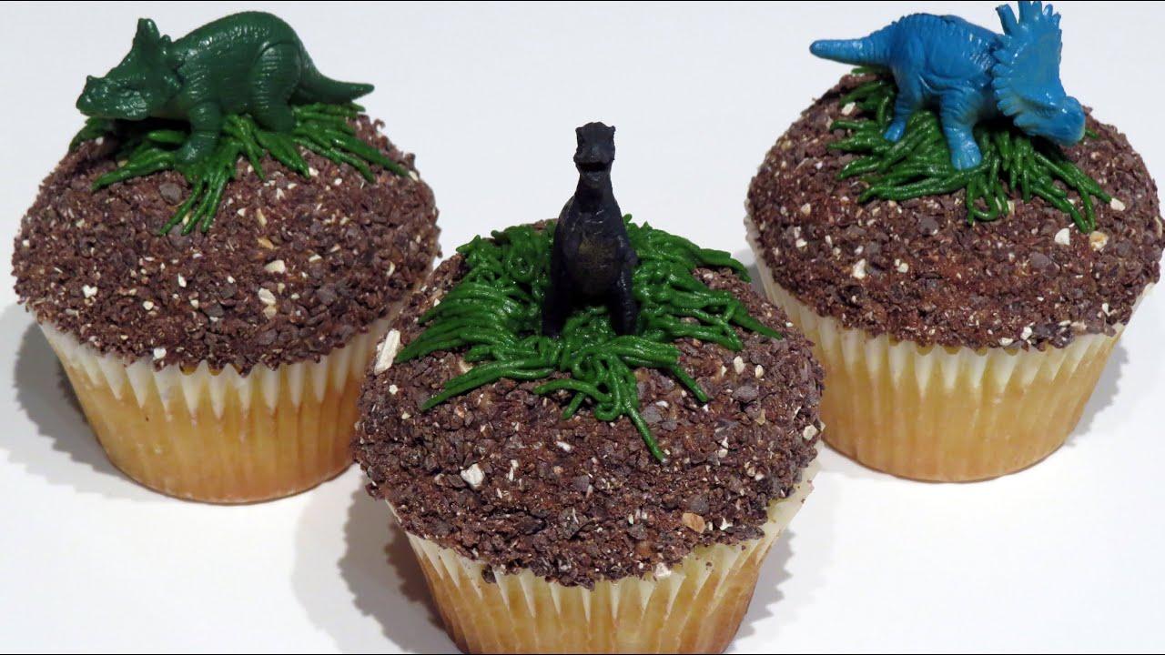 Quick Dinosaur Cake