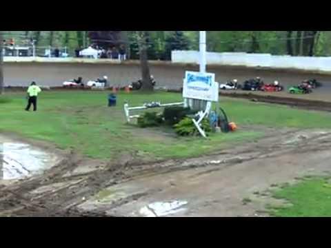 Go kart crash!! shellhammers speedway