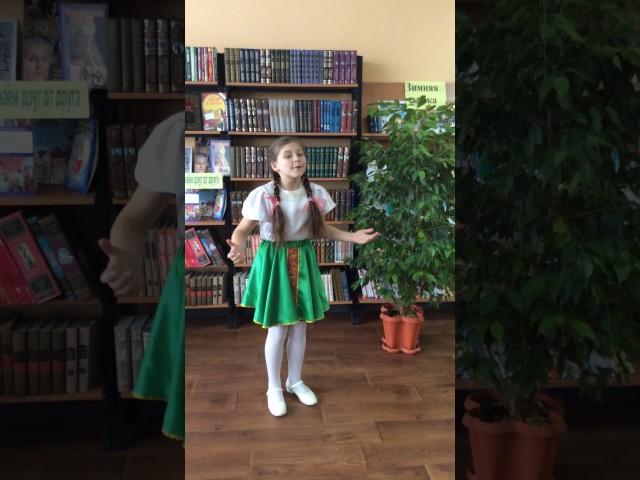 Изображение предпросмотра прочтения – ВарвараВдовина читает произведение «Гой, ты Русь моя» С.А.Есенина