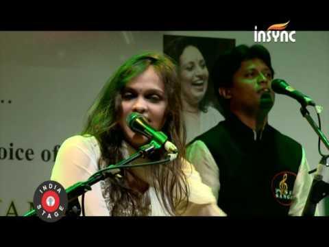 Pooja Gaitonde performing sufi song