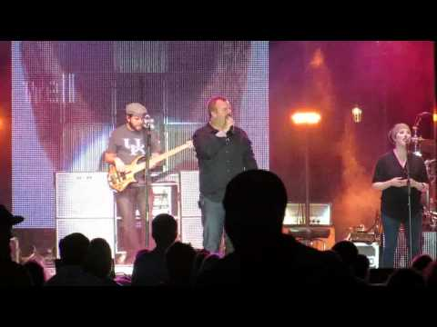 Casting Crowns - The Well (Leave It All Behind) Live