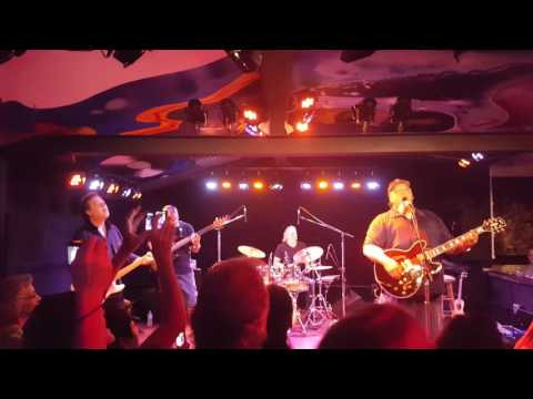 Willie K - HD Rock Opera at Moe's Alley 6/28/16