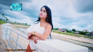 Tu Siab Tag Ib Sim Neej (Instrumental)