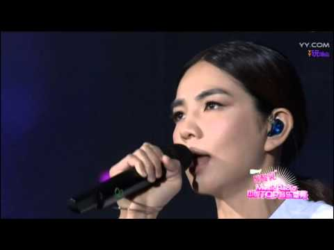 Ella - 想念自己 + 信愛成癮 @ Music Radio 中國Top音樂盛典2016 [Ghost.R.C]