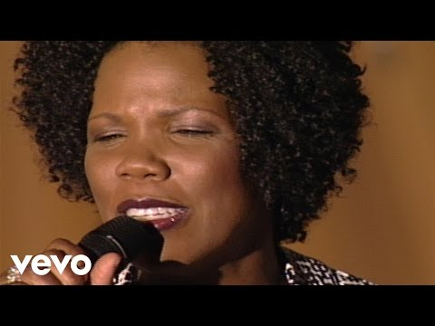 Lynda Randle - If I Can Help Somebody [Live]