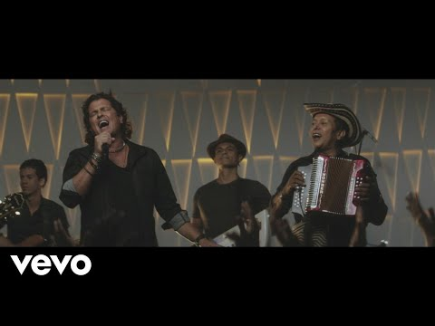 Carlos Vives - Las Cosas de la Vida (Official Video)