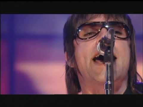 Oasis  - Stop Crying Your Heart Out (Live TOTP 2002) HD