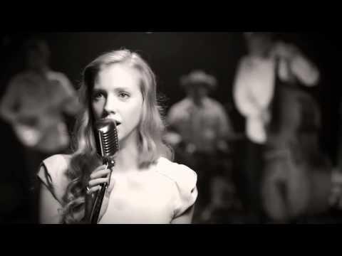 Heidi Feek - Blue Moon