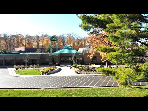 The Orchard School | Final Days of Fall Foliage