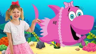 Baby Shark Spanish Version LETSGOMARTIN Canciones Infantiles