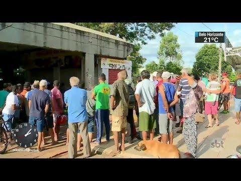 Discussão acaba em facada e morte no Distrito Federal | SBT Notícias (13/02/17)