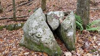 Megalithic sign post! A split stone carien.