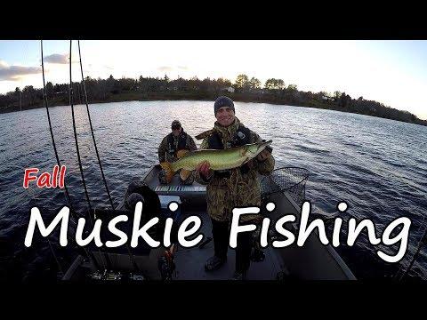 Fall Muskie Fishing Fredericton New Brunswick 2018-Underwater Views!