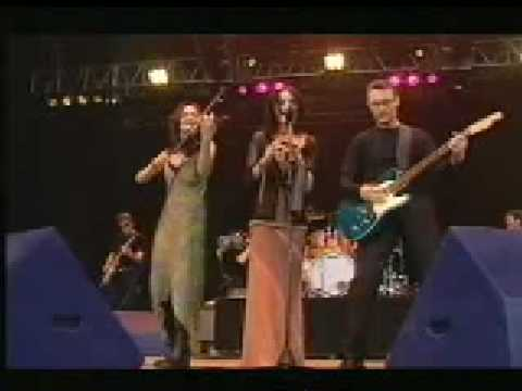 Irish Celtic Music The Corrs Toss The Feathers