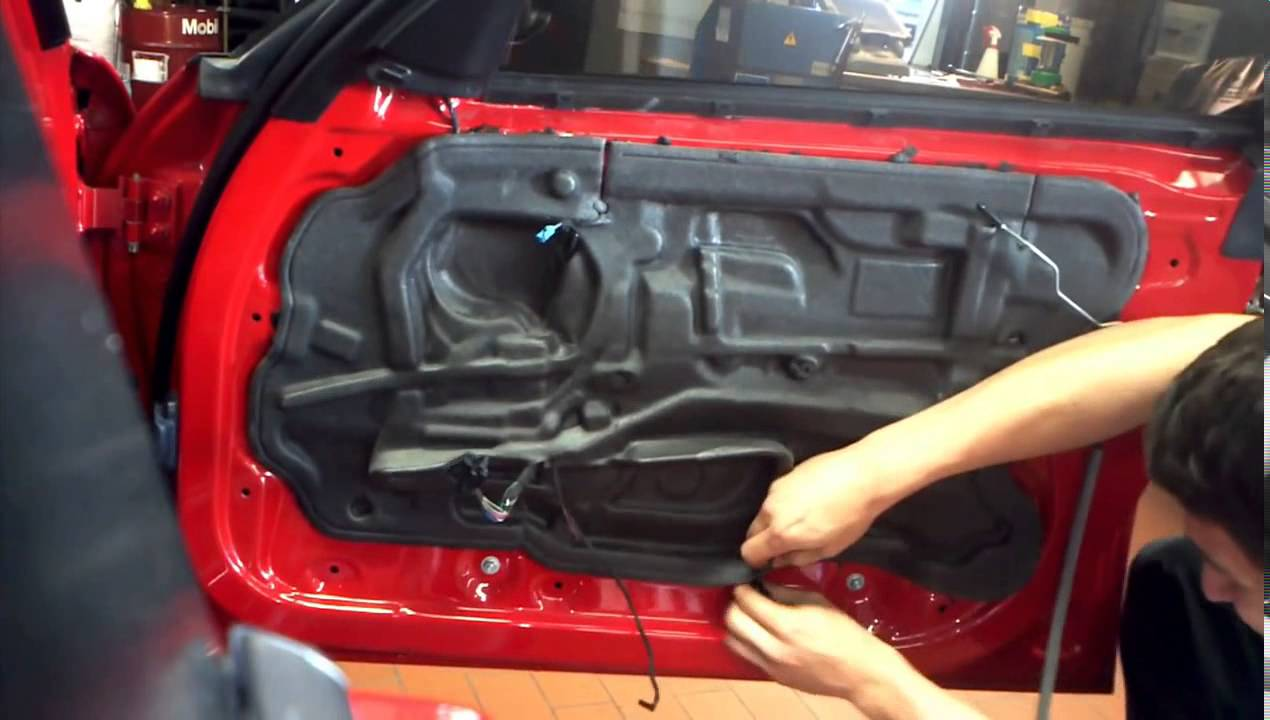 Porsche Cayenne 2014. How to disassemble door panel. Как снять дверную обшивку .