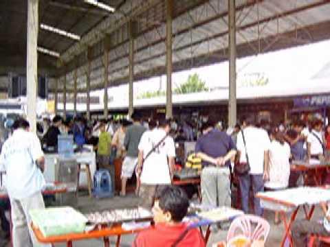 ตลาดพีเซ็นเตอร์ ปทุมธานี