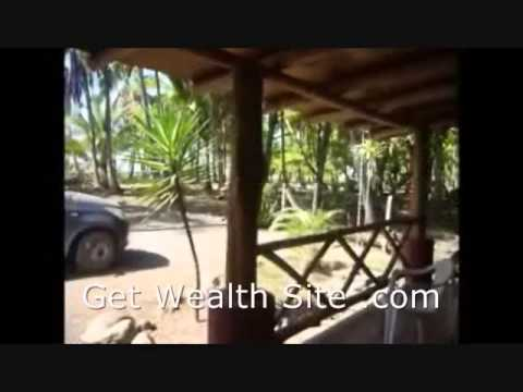 How To Travel The World And Get Paid with An Online Business