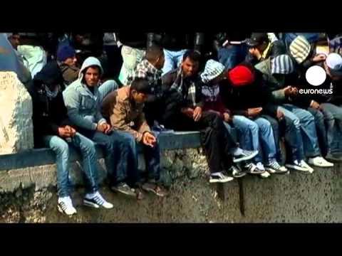 Italia: Lampedua tiene ya a tantos inmigrantes...