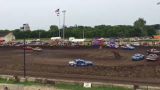 Figure 8 Racing in Hampton @ 2pm 8/19/18 Cruisers Feature Pt 4