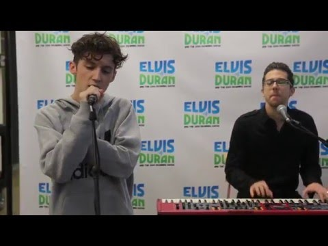 Troye Sivan - Youth (Live on Elvis Duran)