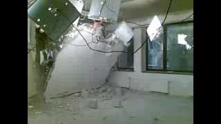 Правильний демонтаж стен