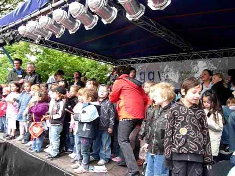 Auftritt der Kinder der Kita Niefeldstraße am Scha...