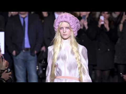 Backstage: Giles Deacon at London Fashion Week