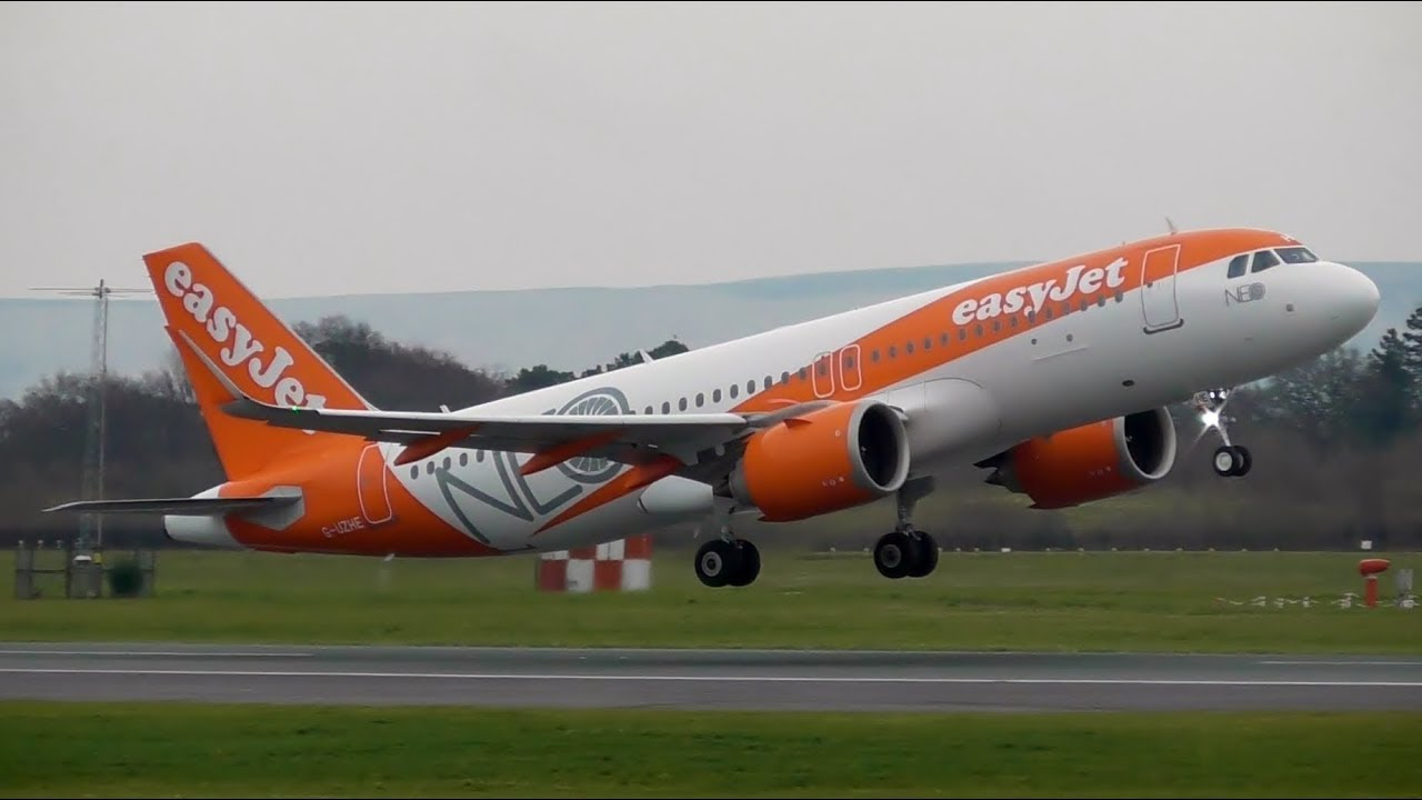 easyJet Airbus A320 NEO Arrivals & Departures at ...