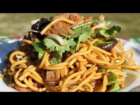 nouilles-sautées-'炒麵'---cooking-with-morgane