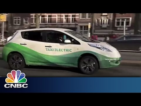 Amsterdam: Plugging into Clean Transport | Sustainable Energy | CNBC International