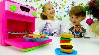 Игры для детей. Готовим бургер из Плей До