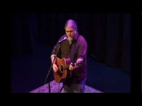 """Tom Hampton playing Darrell Scott's """"Childless Mothers"""" at Sellersville Theater"""