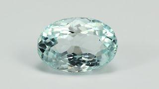 Натуральный камень аквамарин. Natural aquamarine gemstone