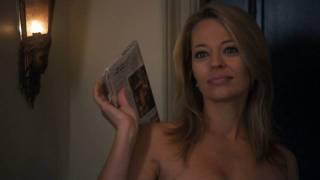 Jeri Ryan Loses Her Towel