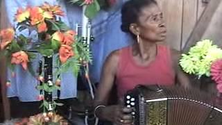 Chant de tromba Dadilahy Dramaroufaly avec Dady MAMY accordéon