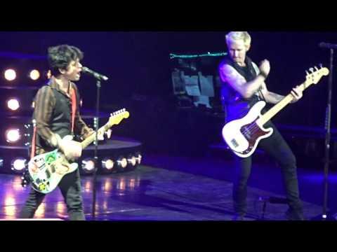 Green Day - She @ Ericsson Globe Arena, Stockholm - 2017-01-27