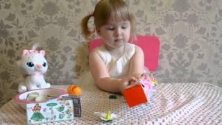 Кошечка Мари • Открываем подарок • Киндеры • Kinder Surprise •Cat Marie