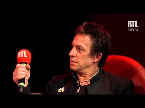 """Jean Reno et Eric Serra parle de la BO du film """"Le Grand Bleu"""" - RTL - RTL"""