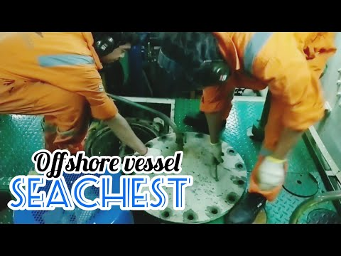 Daily Pelaut | HOW OFFSHORE VESSEL ENGINEER CLEANING SEACHEST STRAINER | reupload