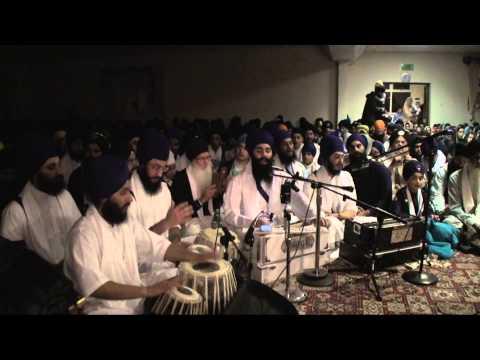 Coventry Rensabhai - December 2013 - Bhai Harinder Singh Ji (Nirvair Khalsa Jatha UK)