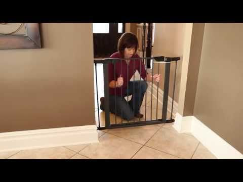 Steel Pet Gate - Features, by MidWest Homes for Pets