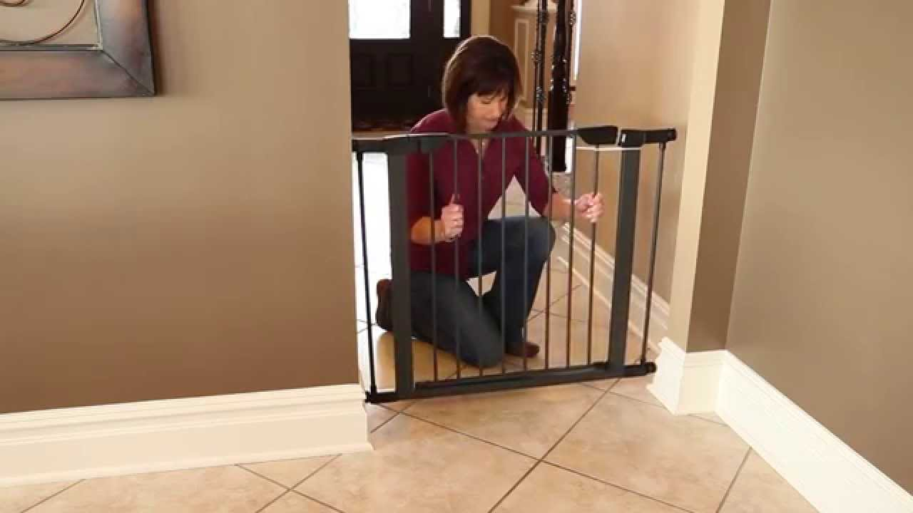 Steel Pet Gate Features By Midwest Homes For Pets Youtube